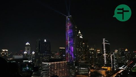 Embedded thumbnail for 60-story Bangkok skyscraper lights up with 3D projection mapping